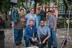 De crew van AP op een live positie in Mexico Stad (verkiezingen 2018)
